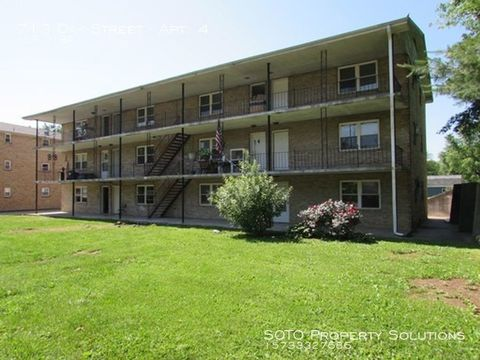 Photo of 713 Oak St Apt 4, Jackson, MO 63755