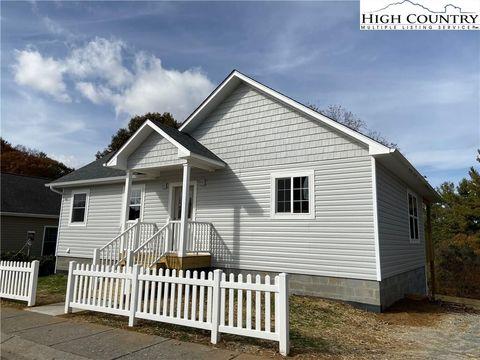 Photo of 157 Stratford Ln, Boone, NC 28607