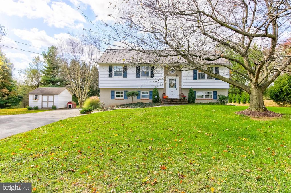 209 Frog Hollow Rd Oxford, PA 19363