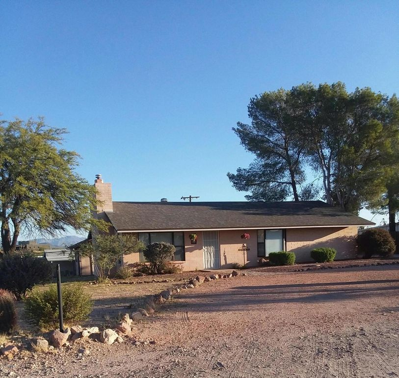 1850 W Luray Rd Wickenburg, AZ 85390