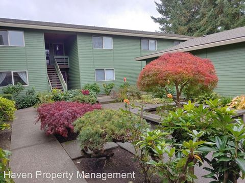 Photo of 1450 Alameda Ave Apt 1, Fircrest, WA 98466