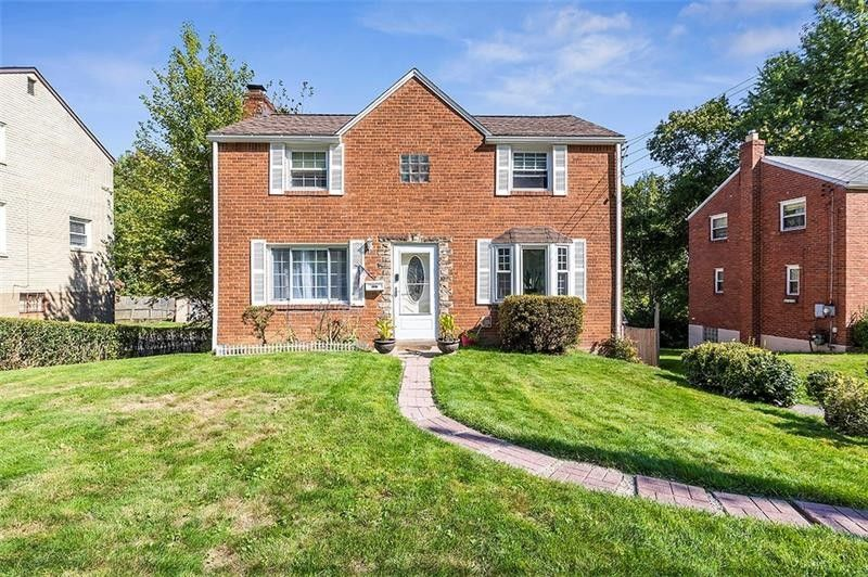 9257 Valley St Pittsburgh, PA 15235