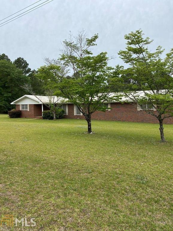248 W Peterson Ave Lyons, GA 30436