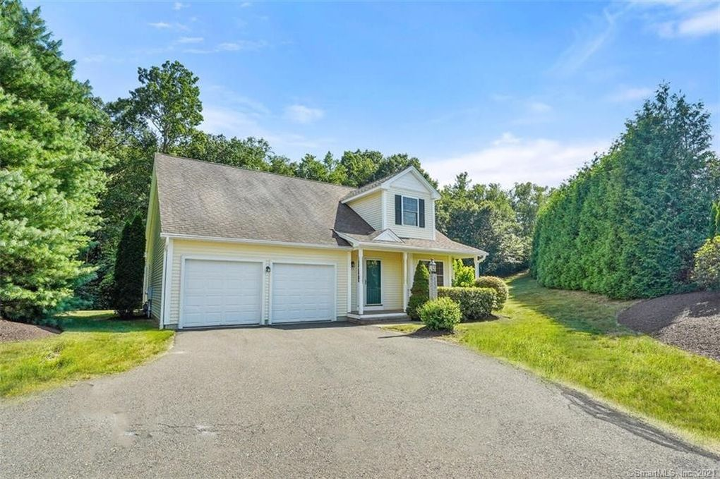 122 Meadow Brook Rd Unit 122 Oxford, CT 06478