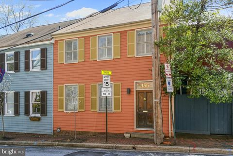 Photo of 156 Green St Unit 2, Annapolis, MD 21401