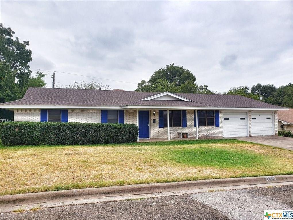 2510 Lowrey Dr Gatesville, TX 76528
