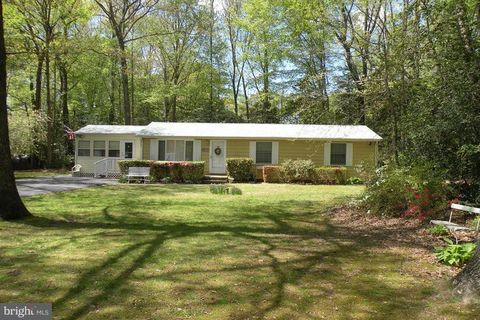 Photo of 11703 Jester Ct, Dunkirk, MD 20754