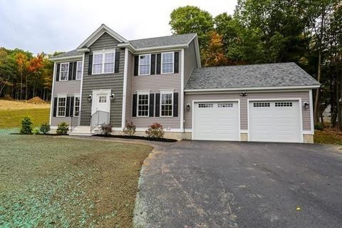 Photo of 9 L Overlook Rd, Westminster, MA 01473