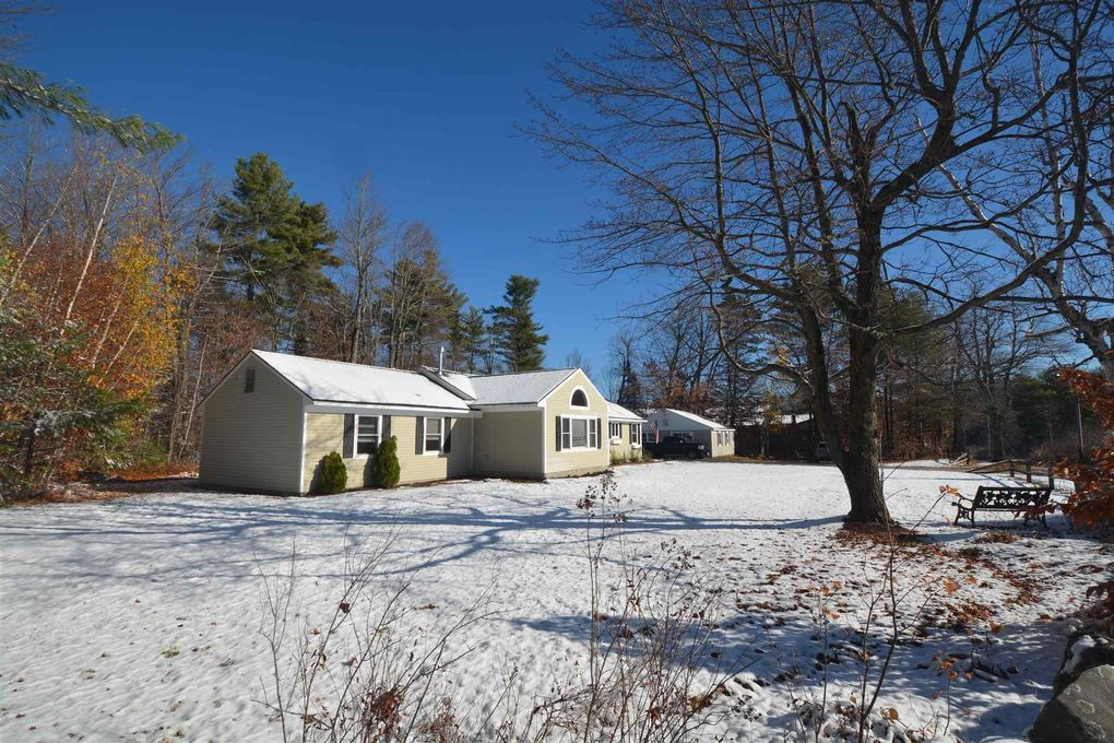 1462 King Hill Rd New London, NH 03257