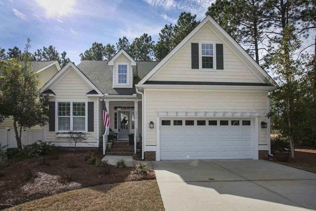 3970 Pepperberry Ln Southport, NC 28461