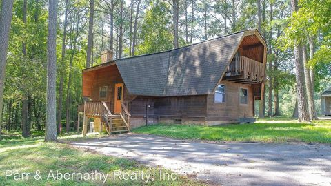 Photo of 9313 Pole Run Rd, Disputanta, VA 23842