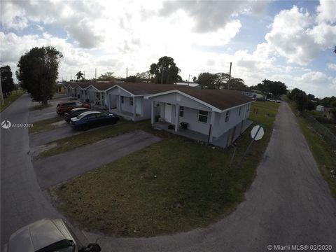 Photo of 607 Amaryllis Ave Unit 611, Pahokee, FL 33476