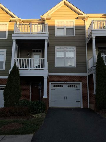 Photo of 2172 Saranac Ct, Charlottesville, VA 22911