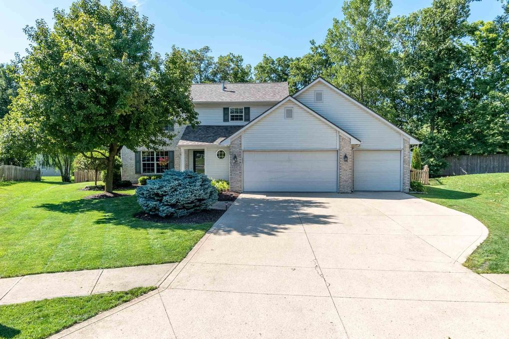 321 Spring Forest Ct Fort Wayne, IN 46804