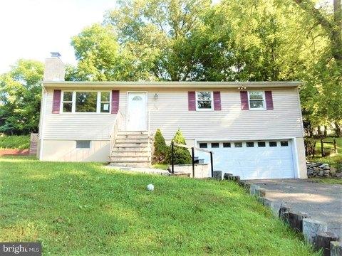 Byram Township Nj Real Estate Byram Township Homes For Sale Realtor Com