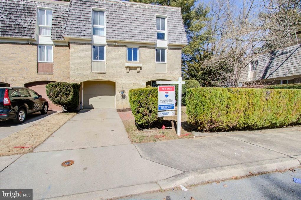 19124 N Kindly Ct Montgomery Village, MD 20886