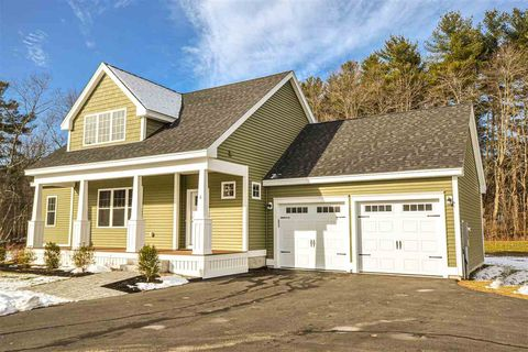Photo of 6 Olive Meadow Ln, Dover, NH 03820