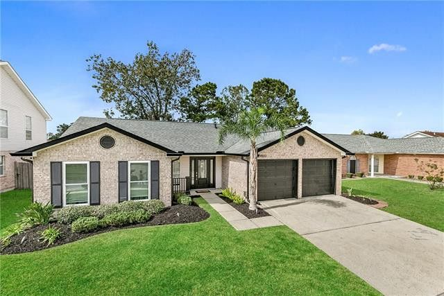 4900 Liberty Oaks Dr Marrero, LA 70072