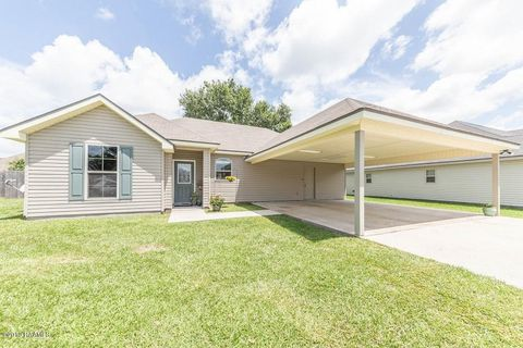 Photo of 913 Lillian Michel Dr, Breaux Bridge, LA 70517