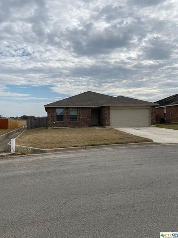 Photo of 149 Eagle Dr, Luling, TX 78648