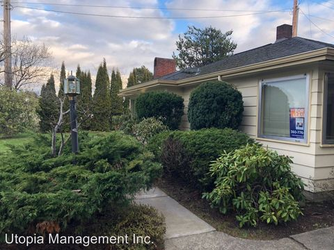 Photo of 3414 Plymouth Dr, Bellingham, WA 98225