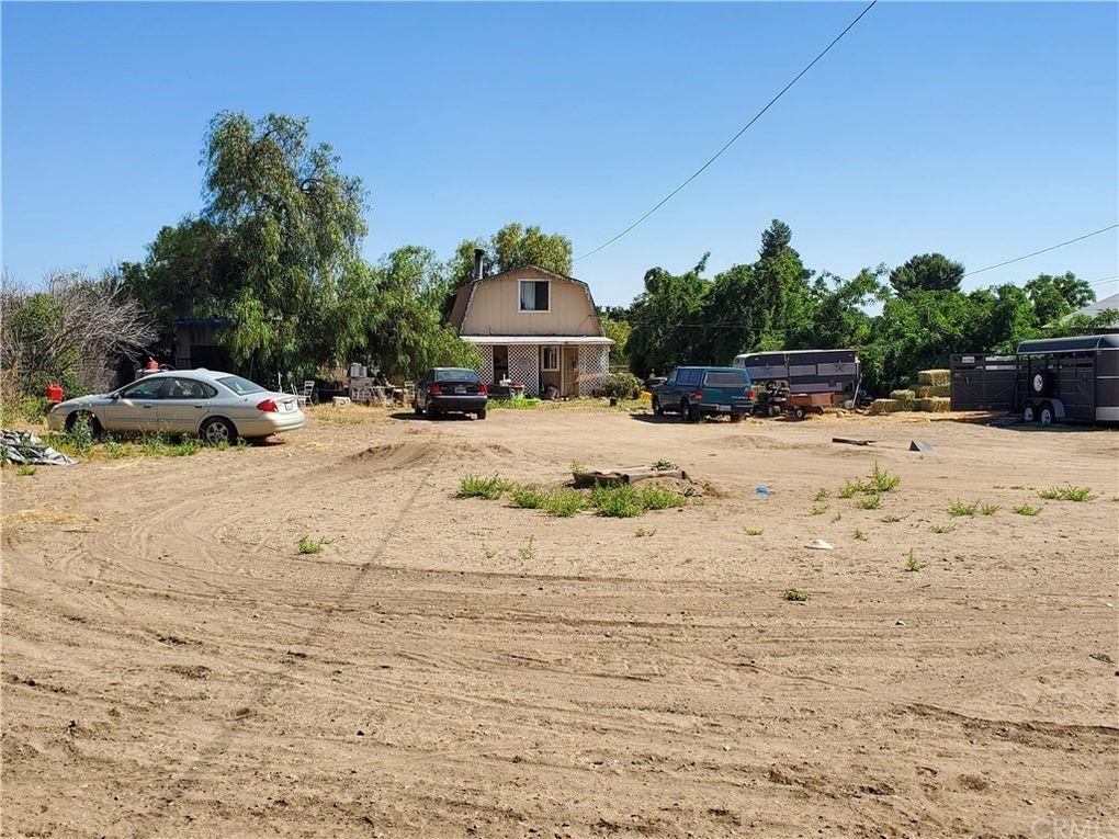39587 Cherry Valley Blvd Cherry Valley, CA 92223