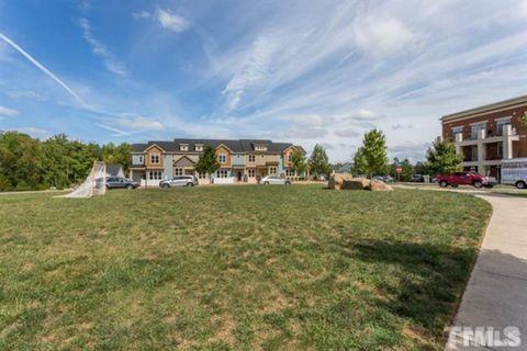 Photo of 101 E Winmore Ave, Chapel Hill, NC 27516