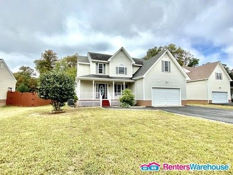 Photo of 10107 Bon Air Crest Dr, North Chesterfield, VA 23235