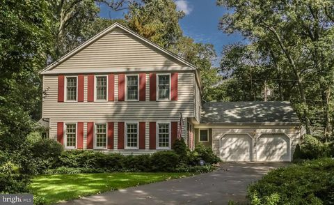 Photo of 272 Arundel Beach Rd, Severna Park, MD 21146