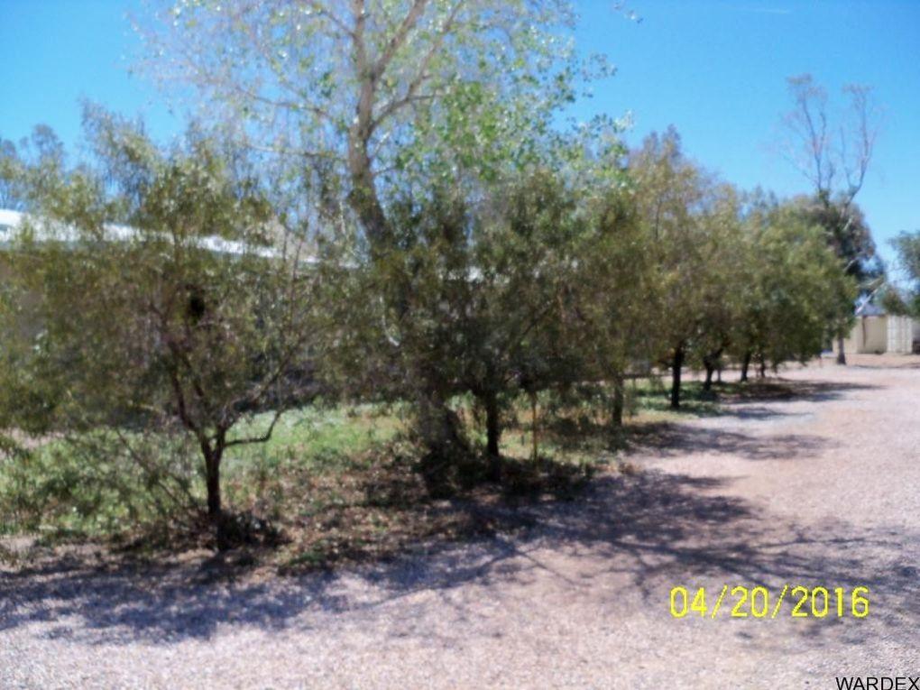 42562 La Posa Rd, Bouse, AZ 85325