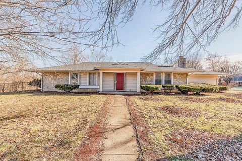 Photo of 3355 Shadow Brook Dr, Indianapolis, IN 46214