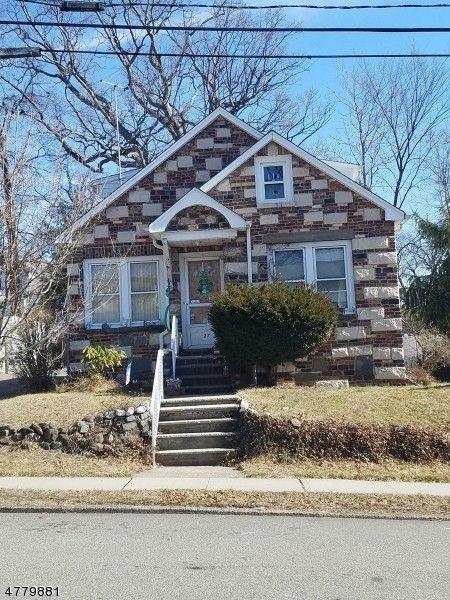 29 Coolidge Pl, Hawthorne, NJ 07506