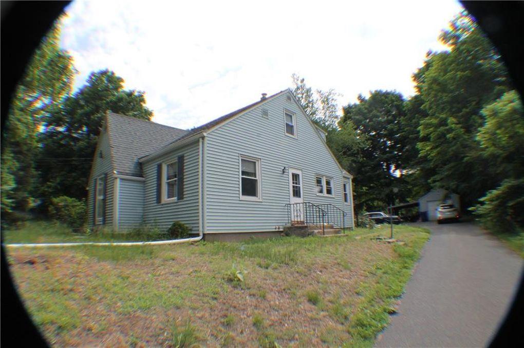 1924 Poquonock Ave, Windsor, CT 06095 - realtor.com®