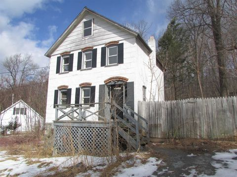 Photo of 317 East Rd, Plattekill, NY 12589