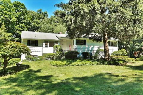 Photo of 68 Cross Ridge Rd, Chappaqua, NY 10514