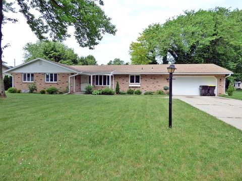 8688 Meadowlark Ln, Berrien Springs, MI 49103