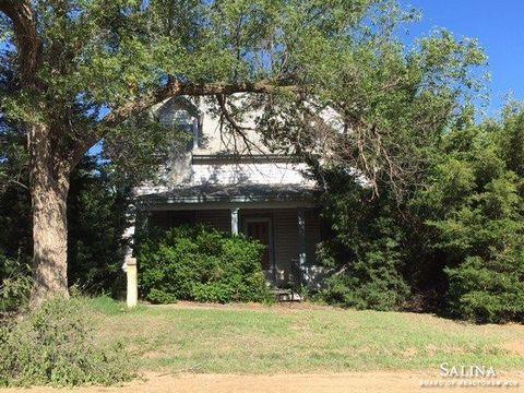 102 N Maryland St, Sylvan Grove, KS 67481
