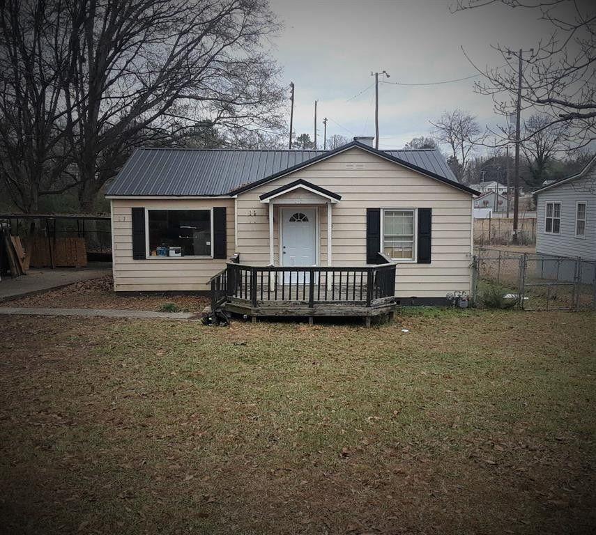 319 W 42nd St, Anniston, AL 36206