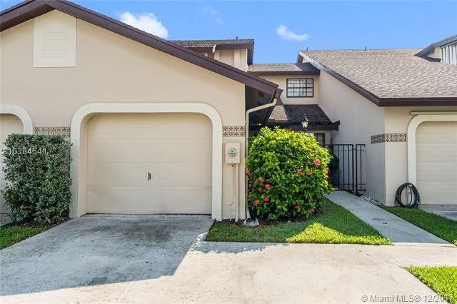 10261 Sw 137th Ct, Miami, FL 33186