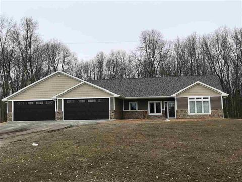 Photo of 2200 Sampson Rd, Little Suamico, WI 54141