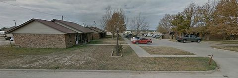 Photo of 1304 N Vicky St, Big Lake, TX 76932