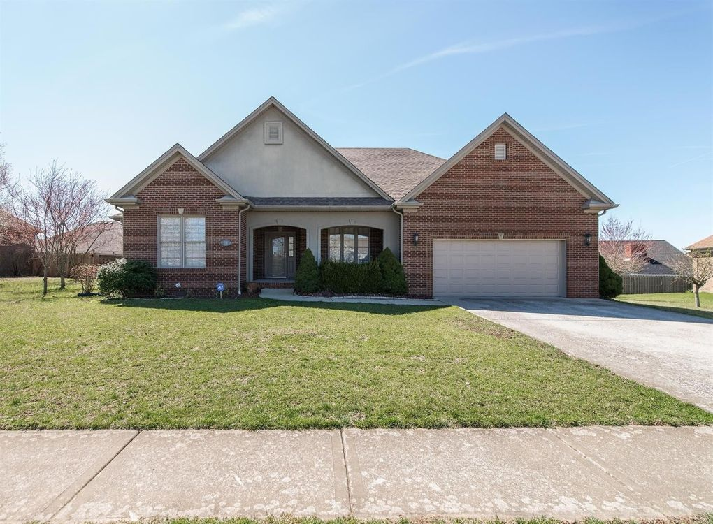 116 Castlewood Dr, Richmond, KY 40475