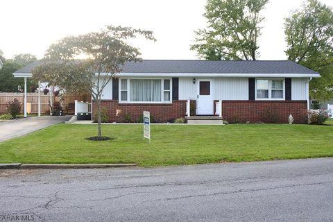 2711 Oak St, Altoona, PA 16601