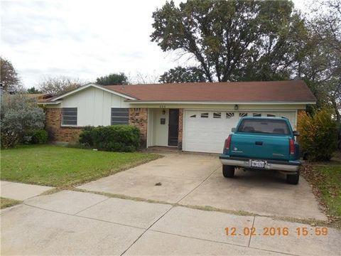 604 Mesquite Ave, Crowley, TX 76036