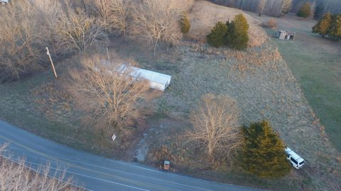 Photo of 4237 Southside Rd, Southside, TN 37171