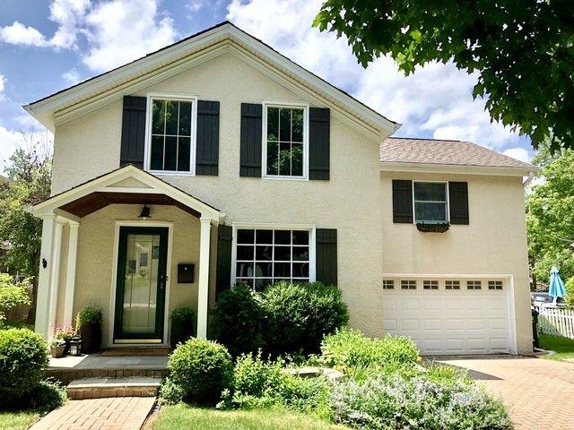 518 Prairie Ave, Barrington, IL 60010