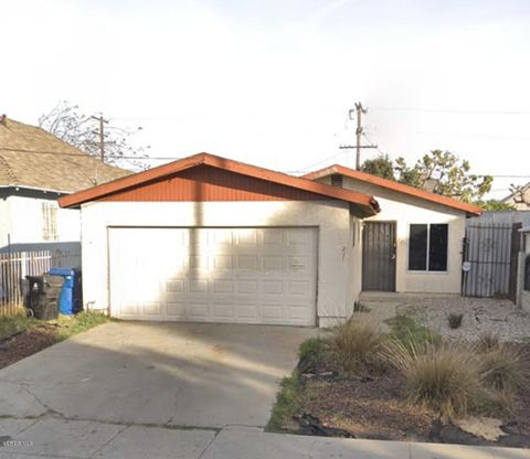 Photo of 221 W 47th St, Los Angeles, CA 90037