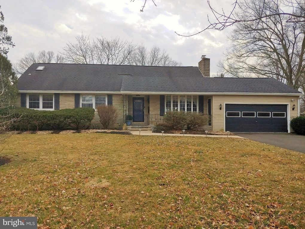 315 Yardley Newtown Rd Yardley, PA 19067