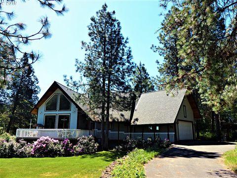 26 Mountain View Dr, Trout Lake, WA 98650