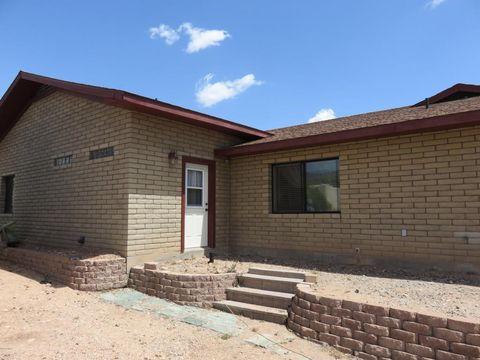 19320 E Indian Hills Dr, Black Canyon City, AZ 85324